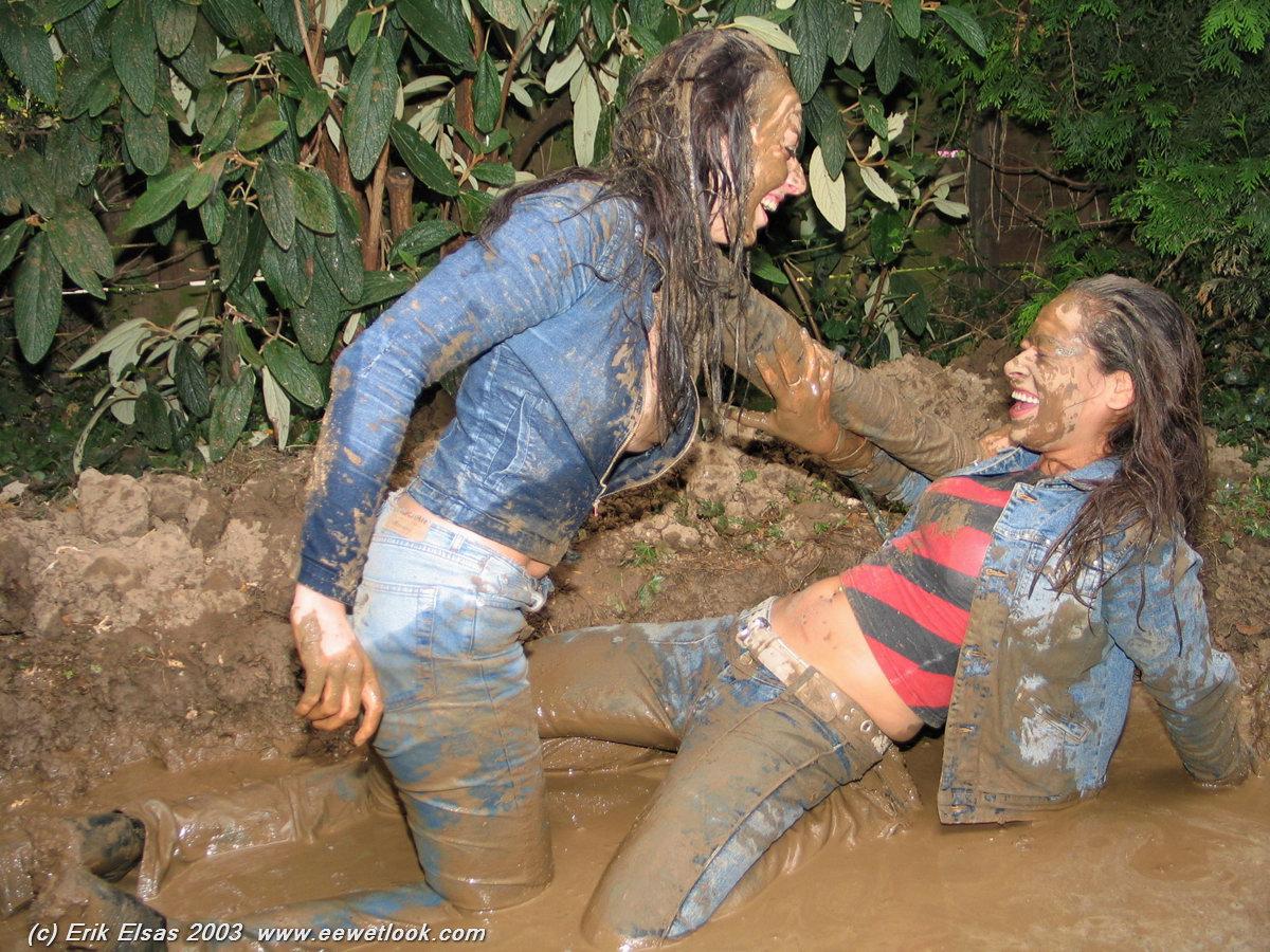 wet girls video