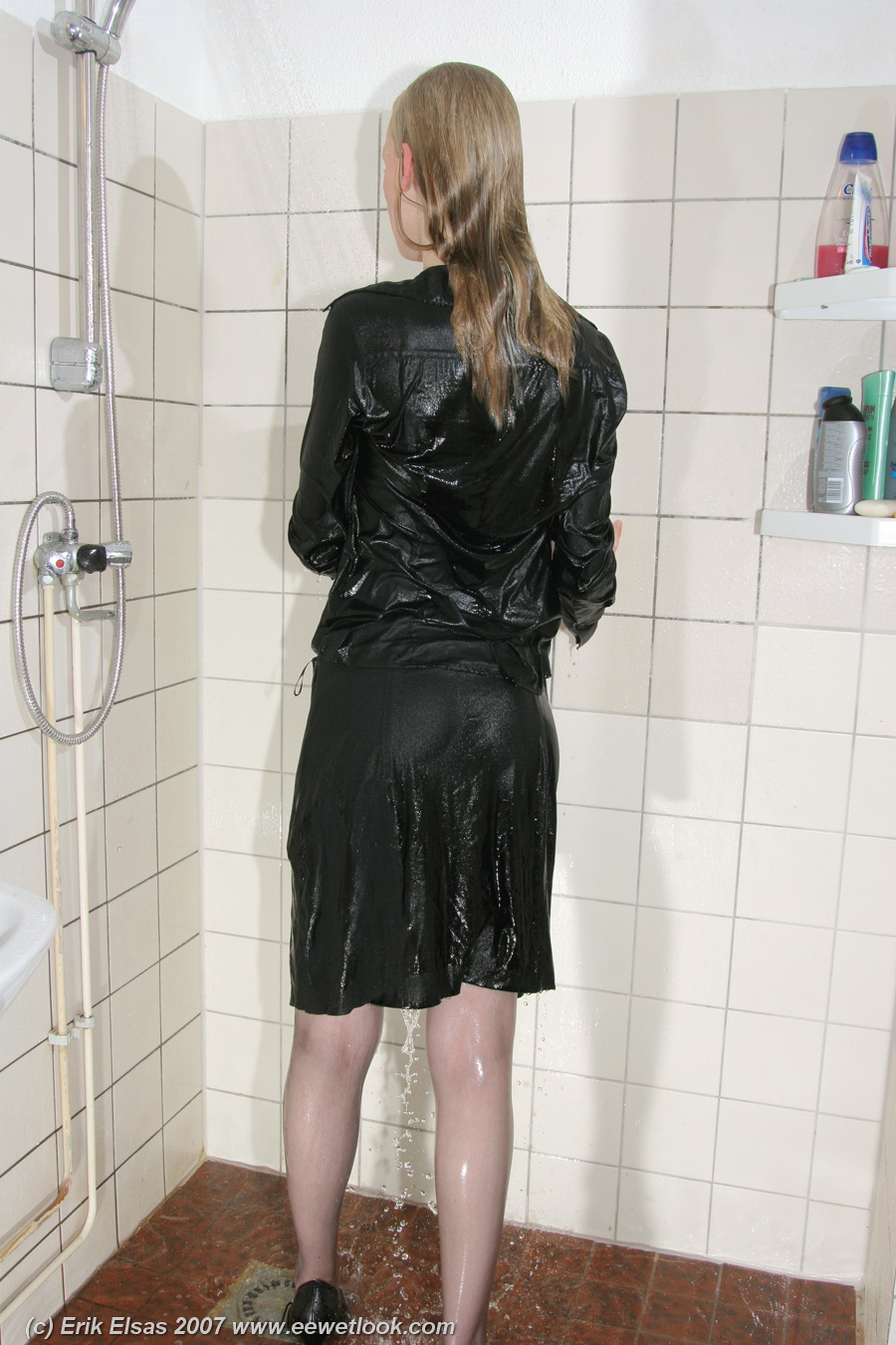 2010 pantyhose black and boots suck and fuck 4