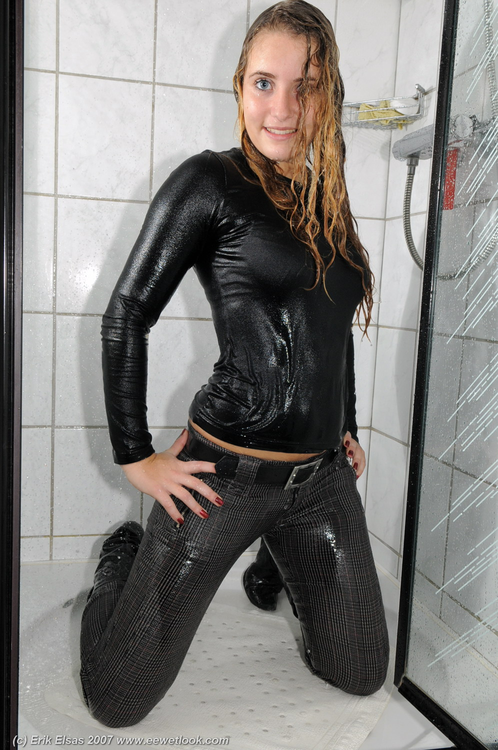 She wet at the idea to suck and fuck - 2 8